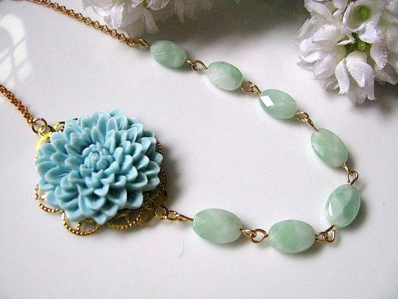 Pale Blue Chrysanthemum Flower And Faceted Oval Mexican Amazonite Necklace
